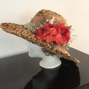 Accessories - Out of this world vintage Laura Ashley straw hat